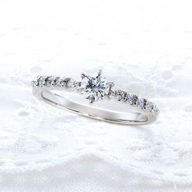 婚約指輪T8