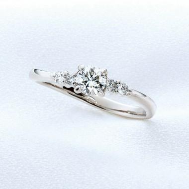婚約指輪羽衣