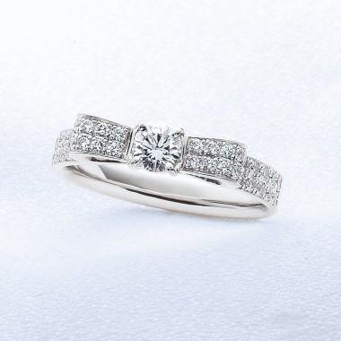 婚約指輪リボン