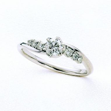 婚約指輪ヴィオラ