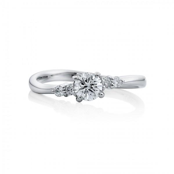 婚約指輪 羽衣