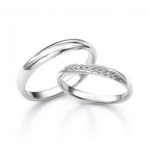 結婚指輪グラス