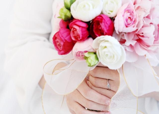 婚約指輪 (エンゲージリング)